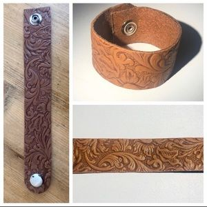 CUSTOM handmade leather cuff bracelet!!